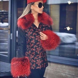Super gorgeous Coat with natural red fur